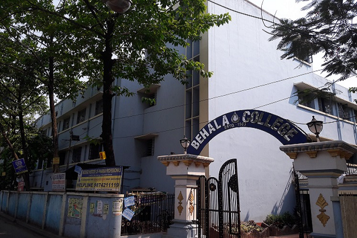 https://cache.careers360.mobi/media/colleges/social-media/media-gallery/8089/2019/1/1/College Building View of Behala College Kolkata_Campus-View.jpg